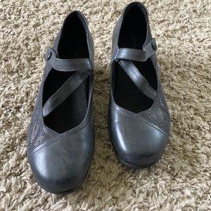 Aravon Shoes by New Balance